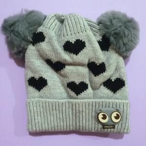 کلاه دو پوم طرح قلب
