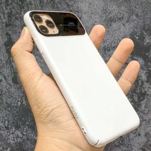 Apple IPhone 11 Pro Max Lens Mirror Effect