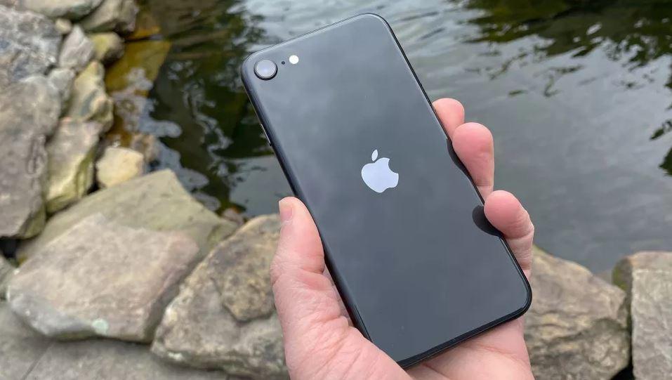 گوشی (iPhone SE (2020