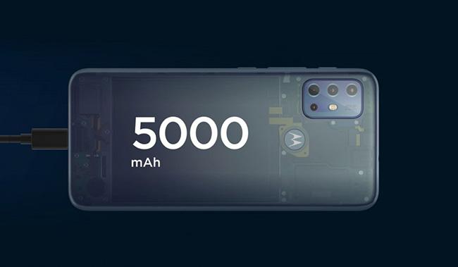 موتو جی 20 با  باتری 5000 میلیآمپرساعتی