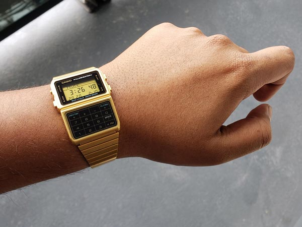 اولین ساعت هوشمند