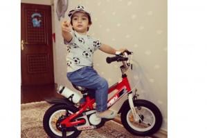 کیان و دوچرخه قناری اش  دو سال و سه ماهه از تهران