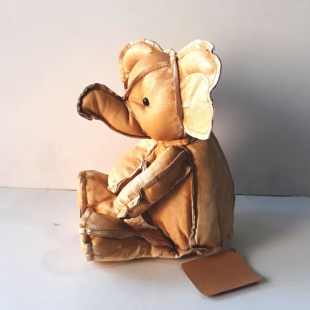 عروسک چرمی برند ریچ مدل دامبو