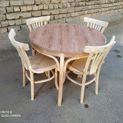 میز لهستانی گرد با صندلی لهستانی کد 510
