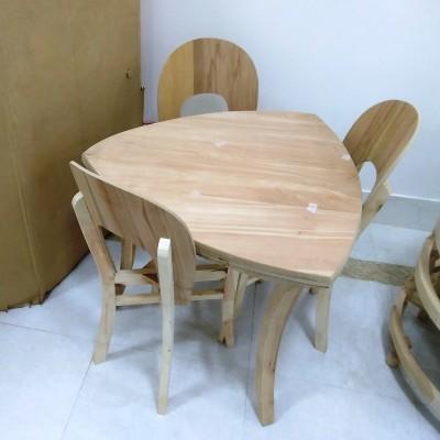 میز 3 نفره پارسا و صندلی نعل اسبی کد 507
