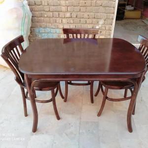 تولید کننده صندلی و میز لهستانی آماده