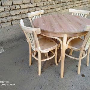 تولید کننده میز و صندلی لهستانی گرد خام