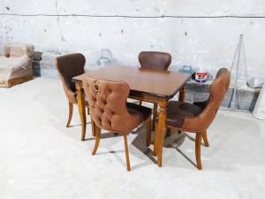 میز غذاخوری مکعبی با صندلی پشت لمسه