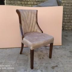 صندلی هکتور با میز معکبی