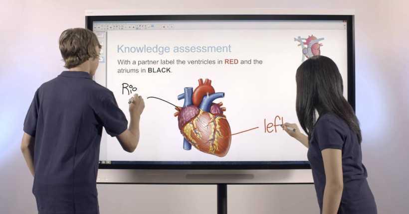 استفاده از تخته هوشمند در پروژه هوشمند سازی مدارس آروند