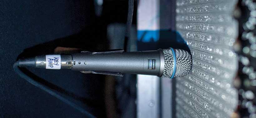 میکروفون شور beta57a مجهز به سیستم ضد شوک
