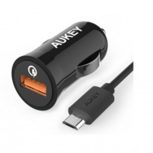 Aukey car fast chargerَ