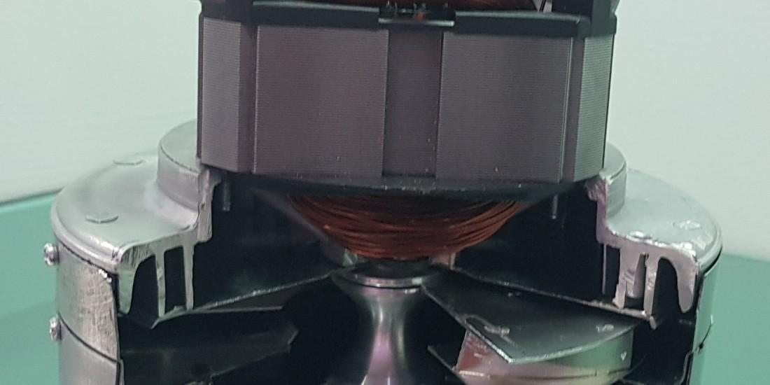 تفاوت موتور جاروبرقی آب و خاک و موتور خاک