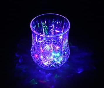 لیوان چراغ دار