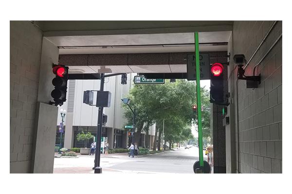 فروشگاه اینترنتی بازار ترافیک-خرید و فروش چراغ چشمک زن پارکینگ