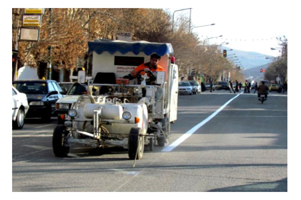 فروشگاه اینترنتی بازار ترافیک-بررسی و خرید دستگاه خط کشی خیابان با رنگ گرم