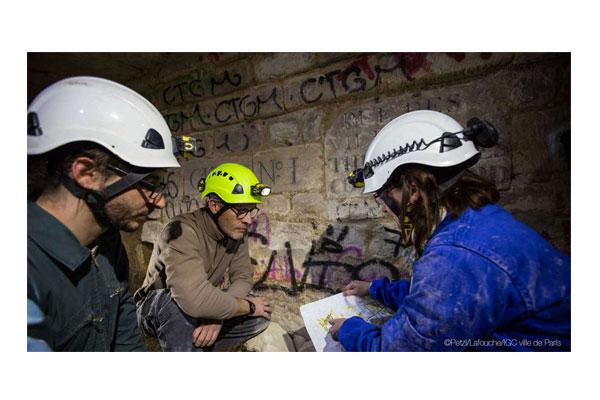 بررسی ، قیمت و خرید انواع کلاه ایمنی غارنوردی چراغدار