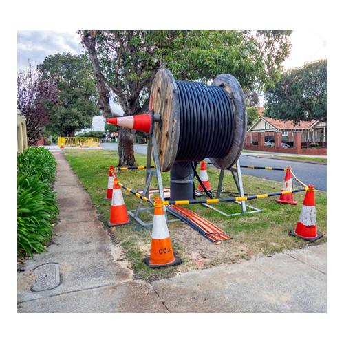 بررسی و خرید مخروط ترافیکی حلقه دار 65 سانتی متری-فروشگاه اینترنتی بازار ترافیک