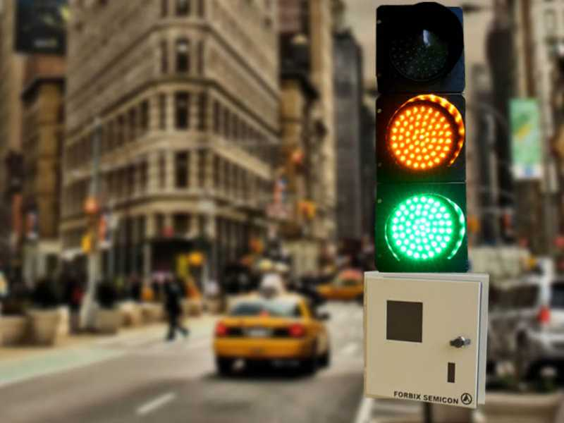 فروشگاه اینترنتی بازار ترافیک-نقد و بررسی و خرید دستگاه کنترل چراغ راهنمایی