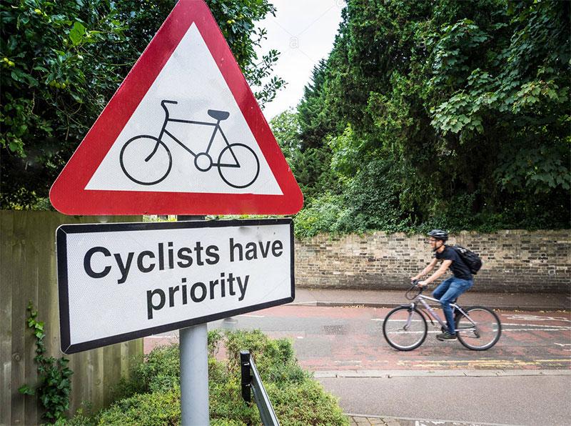فروشگاه اينترنتي بازار ترافيك-خريد و فروش تابلو عبور دوچرخه سوار