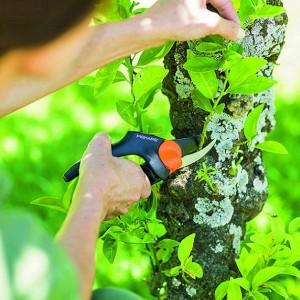 قیچی باغبانی فیسکارس مدل P94
