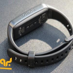 مچ بند هوشمند آنر مدل Band 6
