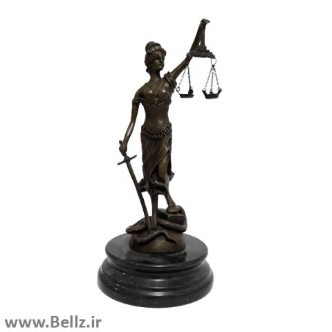 مجسمه برنزی فرشته عدالت
