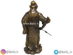 مجسمه پادشاه جنگجو