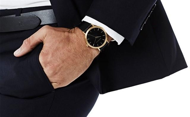 آموزش ست کردن ساعت مچی با تیپ و لباس برای آقایان