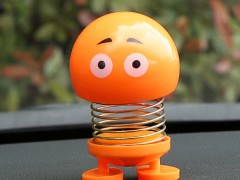 عروسک ایموجی فنری خودرو.jpg