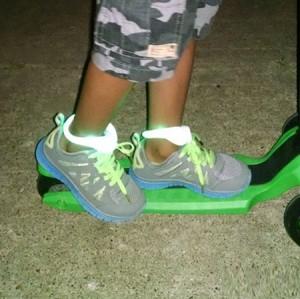 ال ای دی کفش