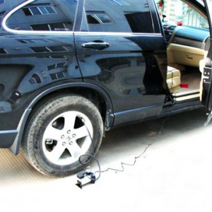 پمپ باد سیار فندکی خودرو