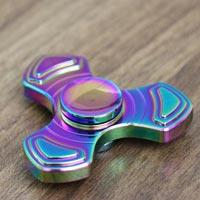 خرید اسپینر فلزی سه پره رنگین کمان برند فوکوس Buy Focus brand rainbow three-spoke metal spinner