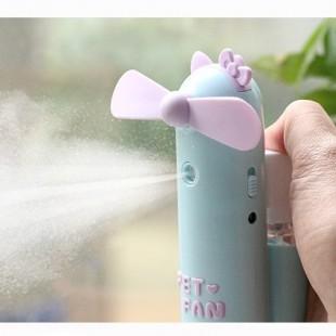 پنکه شارژی قابل حمل با قابلیت اسپری کردن آب طرح کارتونی