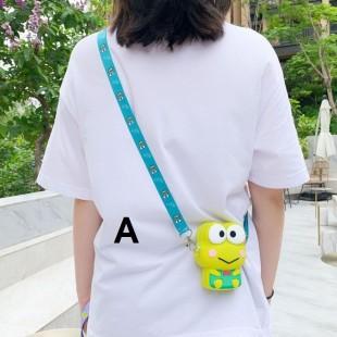 کیف  فانتزی طرح قورباغه و گربه سانریو Sanrio frog and cat character coin purse