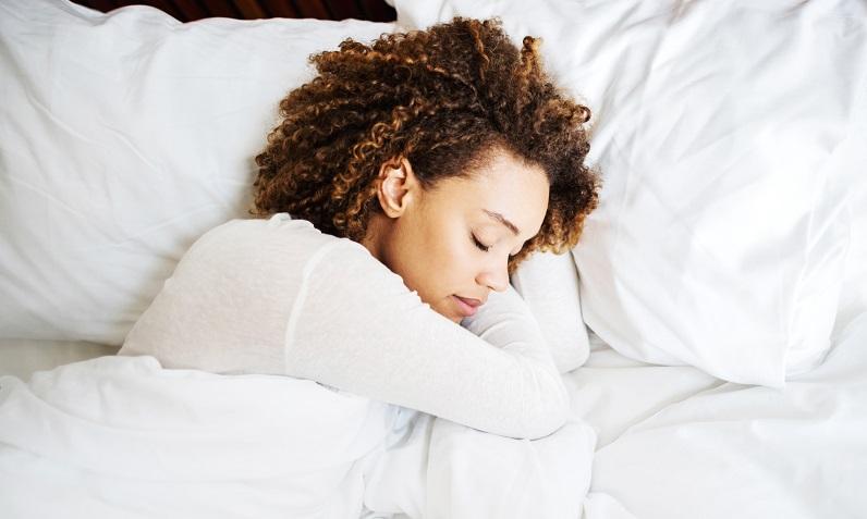 ۸ بهترین ویتامین و مواد معدنی برای خواب عالی و راحت