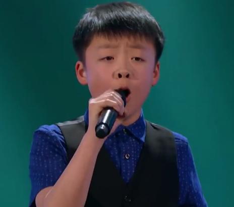 ویدئو :  اجرای با احساس پسر ۱۳ ساله