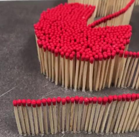 ویدئو :  هنرنمایی فوق العاده زیبا و دیدنی با چوب کبریت
