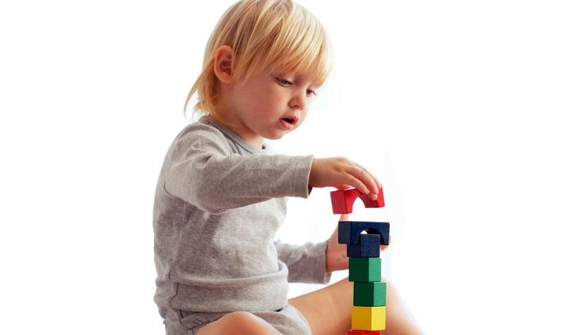 تمرکز کودکان: ۲۰ روش افزایش تمرکز در کودکان بدون نیاز به دارو