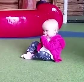 ویدئو :  کلیپ خنده دار