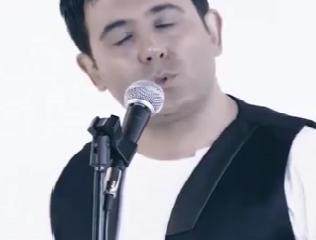 ویدئو :  موزیک ویدئوی جالب آرش رستمی به نام «عاشق شدم من»