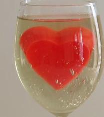 ویدئو :  طرز تهیه دسر ژله قلب زیبا