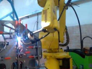 ویدئو :   ربات جوشکار بدنه ویلچیر (صندلی چرخدار)