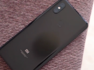 ویدئو :   بررسی موبایل Xiaomi Mi 8 SE