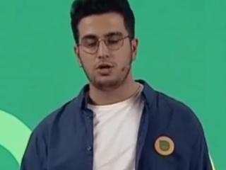 ویدئو :   استند آپ امیرحسین قیاسی در مرحله نجات خنداننده شو