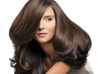 حفظ سلامت مو هایتان را به روغن کرچک بسپارید