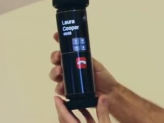 ویدئو :  تبلتی با نمایشگر لوله شونده