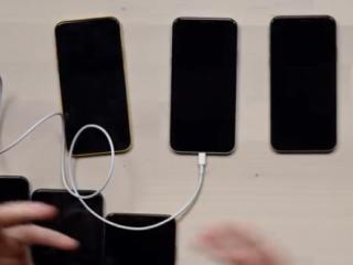 ویدئو :  بررسی مشکل شارژ آیفون XS