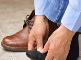 10 علت شایع ایجاد گزگز پا را بشناسید