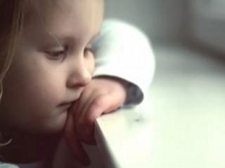 گوشه گیری کودکان زنگ هشداری برای والدین